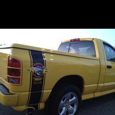 Dodge Ram 1500 (Rumble Bee)