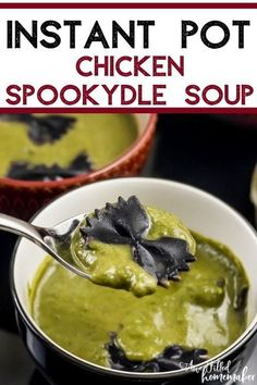 Halloween Soup Recipe, Halloween Food For Party, Halloween Season, Beef Recipes, Soup Recipes, Cooking Recipes, Dinner Recipes, Potted Beef Recipe, Gluten Free Soup