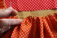 Hazeltjes: Rimpelen met de Overlockmachine Sewing, Fashion, Sewing Tutorials, Moda, Dressmaking, Couture, Fashion Styles, Stitching, Sew