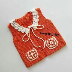 Crochet Baby Jacket, Crochet Baby Clothes, Baby Vest, Baby Cardigan, Knitting For Kids, Hand Knitting, Baby Knitting Patterns, Crochet Patterns, Crochet Magazine