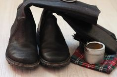 Maje Zmaje DIY: Homemade shoepolish - waterproofing your shoes