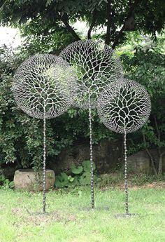 Dandelion Sculptures - Lee Jae