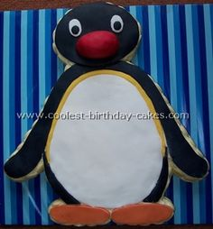 Take a look at the coolest homemade Penguin cake decorating design ideas. You'll also find loads of homemade cake ideas and DIY birthday cake inspiration. Diy Birthday Cake, Men Birthday, Birthday Ideas, Birthday Parties, Pingu Cake, Penguin Cakes, Cake Decorating Designs, Homemade Cakes, Design Reference
