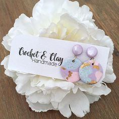 A gorgeous set of mini dangle earrings in a unicorn inspired pattern featuring pastel pink, purple and blue with lots of shimmer, glitter and gold <3 All patterns on the clay have been hand designed and made by me, alot of time and love goes into each piece and they are just