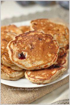Feed Me Better: Pełnoziarniste racuchy ze śliwkami. Polish Recipes, Polish Food, Pancakes, I Am Awesome, Healthy Recipes, Breakfast, Pierogi, Cook, Crafts