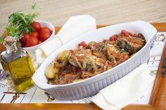Receita de Receita de pescada à portuguesa. Descubra como cozinhar Receita de pescada à portuguesa de maneira prática e deliciosa com a Teleculinária!
