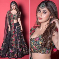 Check out the worst-dressed celebs this week. 👗 Sonam Kapoor, Mouni Roy and Kiara Advani Invite the Wrath of Fashion Police This Week - View Pics. Indian Fashion Dresses, Indian Bridal Outfits, Dress Indian Style, Indian Gowns, Indian Designer Outfits, Pakistani Dresses, Fashion Outfits, Wedding Outfits, Indian Bridal Fashion