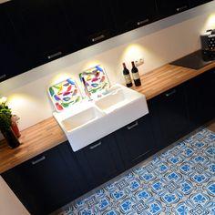 meubles de rangement design cr ation sur mesure meuble de rangement rangement et design. Black Bedroom Furniture Sets. Home Design Ideas
