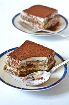 Les bonheurs d'Anne & Alex: Tiramisu vegan (lait de coco) ↞ ❁✦⊱❊⊰✦❁ ڿڰۣ❁ ℓα-ℓα-ℓα вσηηє νιє ♡༺✿༻♡·✳︎·❀‿ ❀♥❃ ~*~ TH Jun 2016 ✨вℓυє мσση ✤ॐ ✧⚜✧ ❦♥⭐♢∘❃♦♡❊ ~*~ нανє α ηι¢є ∂αу ❊ღ༺✿༻♡♥♫~*~ ♪ ♥✫❁✦⊱❊⊰✦❁ ஜℓvஜ ↠ Raw Food Recipes, Sweet Recipes, Dessert Recipes, Patisserie Vegan, Gateaux Vegan, Vegan Tiramisu, Roh Vegan, Vegan Kitchen, No Cook Desserts