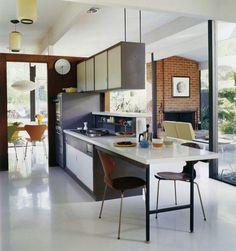 "subtilitas: ""A. Quincy Jones for Eichler - San Rafael house, mid Mass produced modernism. Mid-century Interior, Modern Interior, New Kitchen, Kitchen Decor, Compact Kitchen, Kitchen Lamps, Mini Kitchen, Kitchen Island, Mid Century Bar Stools"