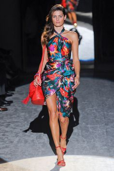 Pink and Purple rule the bold collection of Salvatore Ferragamo Spring 2012 | Fashion Mate