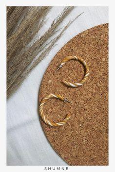 Handmade Minimalist Polymer Clay Hoops / Ocher and White Woman Fashion, Boho Fashion, Fashion Models, Fashion Jewelry, Unique Earrings, Earrings Handmade, Unique Jewelry, Etsy Handmade, Handmade Items