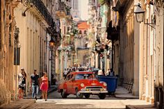 A street scene from Havana, Cuba with one of the many classic old American cars now used as taxis. Old American Cars, Taxi, Scene, Street, World, Classic, Havana Cuba, Fotografia, Photo Illustration