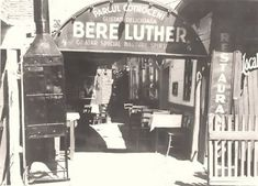 Timeline Photos, Luther, Romania, Times Square, Broadway Shows, Fun, Travel, Austria, Memories