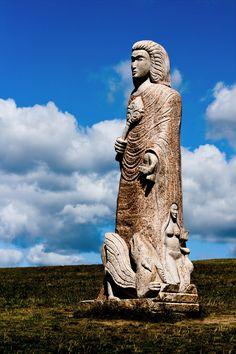 La Vallée des Saints - Carnoët, Côtes-d'Armor (France) #campingcar Sculpture Art, Sculptures, Region Bretagne, Statues, Brittany France, Global Village, Saints, Travel Pictures, Places To Visit