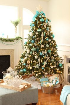 share your favourite Turquoise Christmas Decor House Of Turquoise images in to your beloved Firend and Family. Beach Christmas Trees, Rose Gold Christmas Decorations, Purple Christmas Tree, Turquoise Christmas, Coastal Christmas Decor, Nautical Christmas, Christmas Tree Themes, Holiday Decor, Christmas Wood