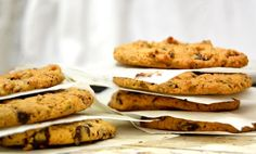 Crocantes, doces e com um toque salgado, estes biscoitos desfazem-se na boca