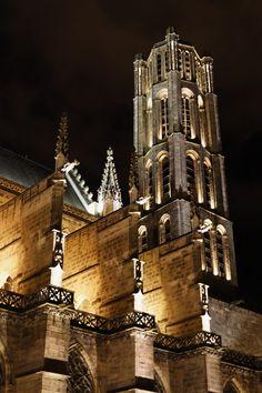 Mise en lumière du clocher de la cathédrale Saint Etienne de Limoges