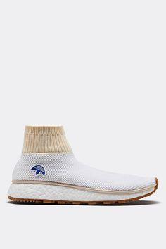 Alexander Wang x adidas Originals Second Collaboration Knit Shoes, Men's Shoes, Shoe Boots, Shoes Sneakers, Shoes Men, Sneakers Fashion, Fashion Shoes, Sneakers Sketch, Sneaker Games
