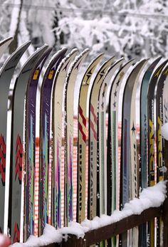 Ski Fence. I am so doing this one day!
