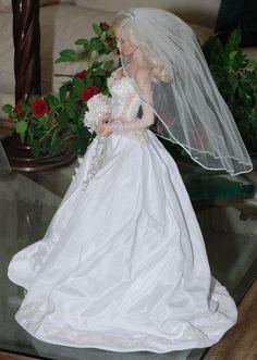 weddings gowns barbies and dolls . Barbie Bridal, Barbie Wedding Dress, Wedding Doll, Couture Wedding Gowns, Dream Wedding Dresses, Bridal Dresses, Flower Girl Dresses, Barbie Celebrity, Bride Dolls