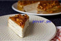 Блинный торт из бананов с йогуртом и глазурью из грецкого ореха.  Ингредиенты: Банановые блины: Сливочное масло – 4 столовых ложки Большой спелый банан – 1 шт (около 170 г, или ½ стакана пюре) Молоко – 235 мл Мука – 95 г Яйцо – 4шт Коричневый сахар – 2 столовых ложки Ванилин – ½ чайной ложки Соль – ¼ чайной ложки Корица – ½ чайной ложки Мускатный орех – ¼ чайной ложки Щепотка молотой гвоздики Начинка: Сливочный сыр – 225 г Обычный йогурт (греческий) – 345 г Сахар – 65 г Ванилин – ½ чайной…