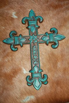 Cast Metal Wall Cross with Bold Fleur Tips