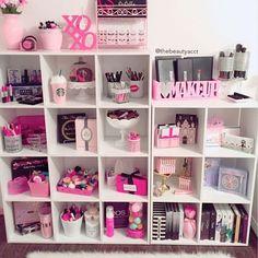 a49ddba269655a812da378471fe623e3--vanity-desk-vanity-room.jpg 736×736 pixels