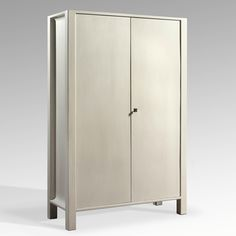 Koloman Moser  Pair of two doors cupboards    Made for the Stonborough-Wittgenstein apartment, Berlin    1905    White lacquered wood    H. 184 x L. 120 x D. 48,5 cm