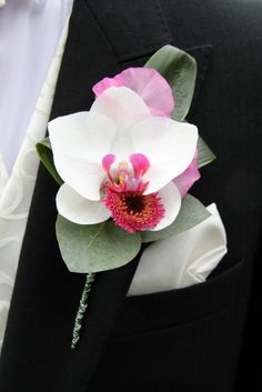 Flower Design Events: Phalaenopsis Orchid Boutonniere