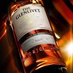 Ngày hôm nay của các quý ông thế nào? Hãy tạm khéo lại bộn bề công việc để giành thời gian thưởng thức một ly whisky The Glenlivet - tận hưởng cuộc sống.