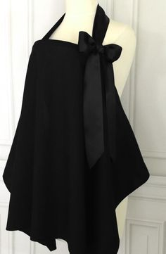 Babies In Arms Boutique Style Breastfeeding Nursing Cover in Black #BabiesInArms