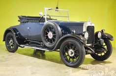 1927 Alvis 12/50 TG   According to the Alvis build sheet, car number 10399 chassis was dispatched to Cross & Ellis for coachwork in early March 1927. The chosen style was the wide-body two seater and dickey body. ML2685 caught her first owner's eye, Mr P Laidlaw of Golders Green London.