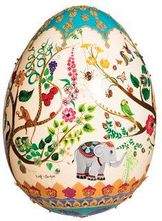 The Fabergé Big Egg Hunt has been on since February, with over 200 crafted eggs from designers, artists, architects and jewellers placed ar. Fabrege Eggs, Elephas Maximus, Egg Designs, Egg Art, Egg Decorating, Egg Shells, Tree Of Life, Easter Eggs, Art Nouveau