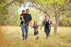 Family of 5 pose photography (Bethany F Photography)