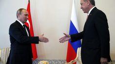 """I due capi di Stato si incontrano a San Pietroburgo per riavviare il dialogo dopo mesi di tensioni. Ritrovata comunanza di intenti in funzione antioccidentale. Preannunciata collaborazione """"nel settore della difesa"""""""