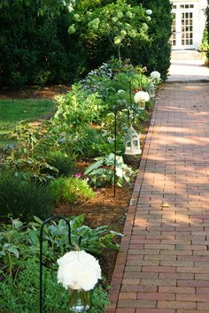 The brick pathway leading back to The Hall.   www.innatwillowgrove.com