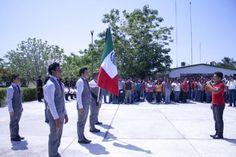 El pasado viernes, 17 de mayo de 2013, ante la presencia de más de 300 estudiantes del Instituto Tecnológico Superior de Motul, se llevó a cabo la ceremonia de fortalecimiento de los valores cívicos, que promueve la Secretaría de Gobierno del Estado de Yucatán.