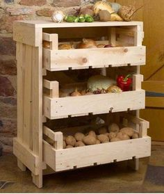 Build a mobile kitchen island unit with timber crate pantry storage! Build a mobile kitchen island unit with timber crate pantry storage! Fruit Storage, Pantry Storage, Diy Storage, Storage Ideas, Crate Storage, Kitchen Storage, Storage Rack, Food Storage, Kitchen Vegetable Storage