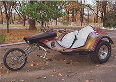 1ere-moto-Harley-KH-1956d-Elvis-Presley