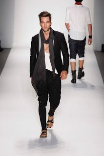 look good with scarf...