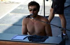 my man!!!! Luke Bryan- shirtless and a piano!! perfect site!
