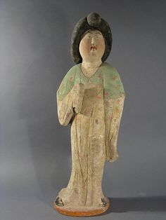 Large figure of a court lady, Tang Dynasty (618 to 907 China)