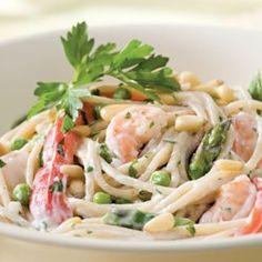 Creamy Garlic Pasta with Shrimp & Vegetables - EatingWell.com