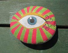 basit ve dekoratif elişi çalışmaları; taş boyama...