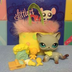 Littlest Pet Shop 391 GRAY SIAMESE AROUND THE WORLD KITTY CAT RARE VHTF #Hasbro