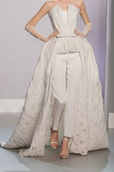 Ralph & Russo at Couture Spring 2014 - StyleBistro