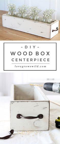 DIY Wood Box Centerpiece - Love Grows Wild #WoodworkingFurniturePopularMechanics Diy Wood Box, Rustic Wood Box, Wood Boxes, Rustic Farmhouse, Wood Box Decor, Rustic Wood Crafts, Diy Box, Wood Wood, Rustic Table