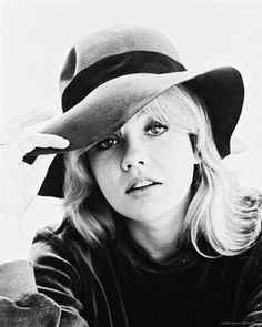 Hayley Mills ♥  Love her so much, I named my daughter after her!  She also reminds me of my beloved childhood friend, Linda ♥