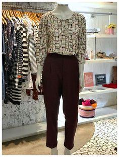 Um look para ficar arrumadinha sem perder o charme! ❤🦋🍃 Western Tops, Girl Fashion, Fashion Outfits, Office Looks, Work Wardrobe, Office Wear, Formal Wear, Wardrobes, I Dress